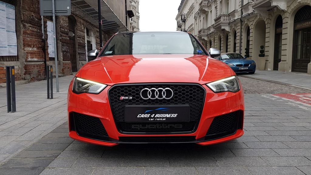 https://cars4business.pl/wp-content/uploads/2018/03/audi-rs3-czerwone-car-4-bisness.jpg