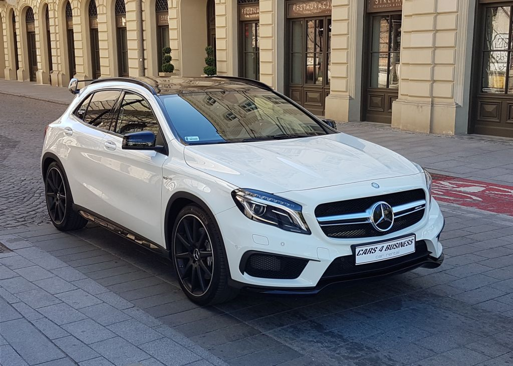 https://cars4business.pl/wp-content/uploads/2018/03/mercedes-gla-45-przod-car-4-bisness.jpg.jpg